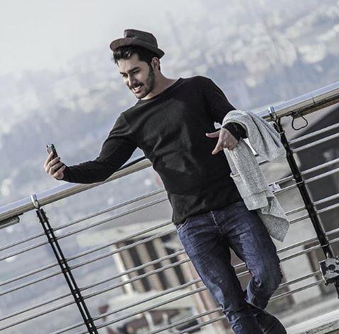 دانلود آهنگ جدید علی یاسینی اگه به من بود